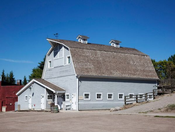 All Inclusive Gunn's Dairy Barn Wedding Package